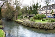 Moreton-in-Marsh & Bourton-on-the-Water Day Trip